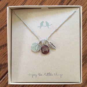 NEW Chloe & Isabel bird pendant necklace